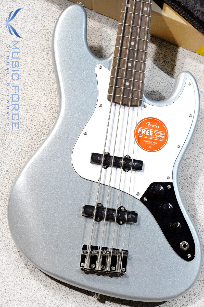 [특별세일] Squier Affinity Jazz Bass-Slick Silver w/Indian Laurel FB (2019년산/신품)